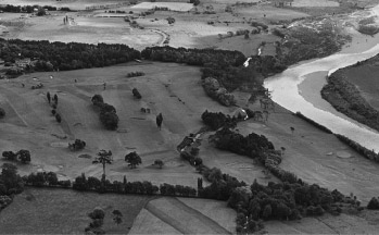 An aerial view of the course in 1949. The Hutt River was right next to the golf course until a major change in its alignment in the late 1960s. Land to the north and south of the course was later acquired and used to expand the course in the early 1970s. (RWGC)